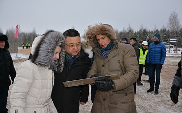 Cherikov Solar Plant groundbreaking ceremony. Installation of a plaque in Blizhniaya Rechitsa, and project presentation and press-conference in Minsk.  - image 3